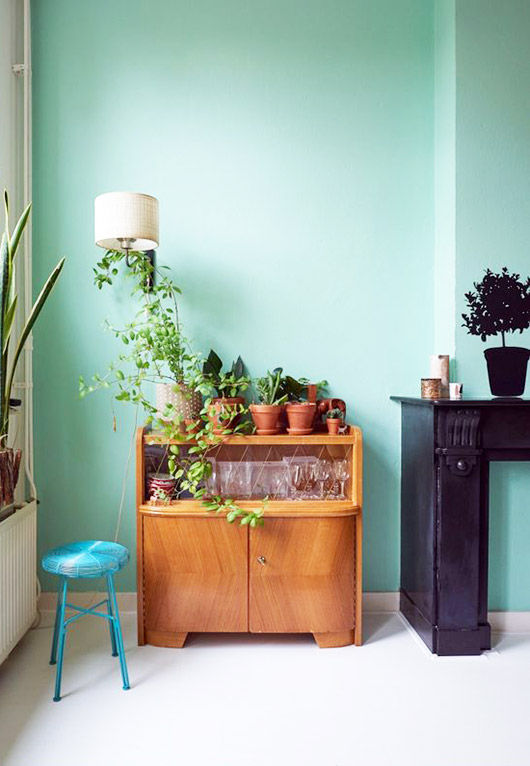 bright aqua wall paint. / sfgirlbybay