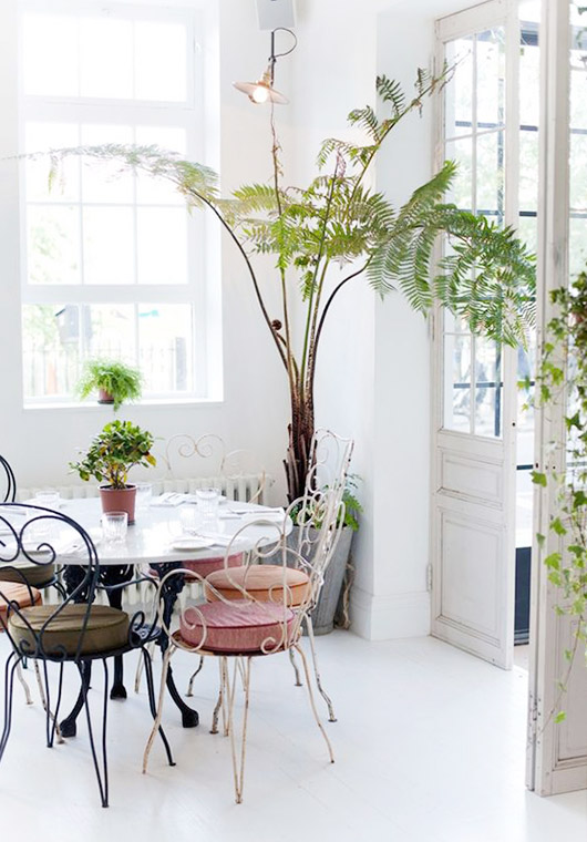 spring inspired home decor. / sfgirlbybay