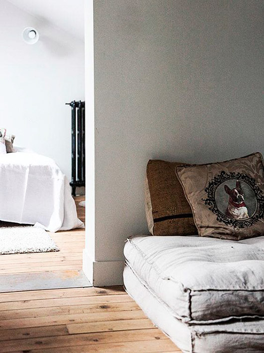 bedroom and dog bed inspiration. / sfgirlbybay