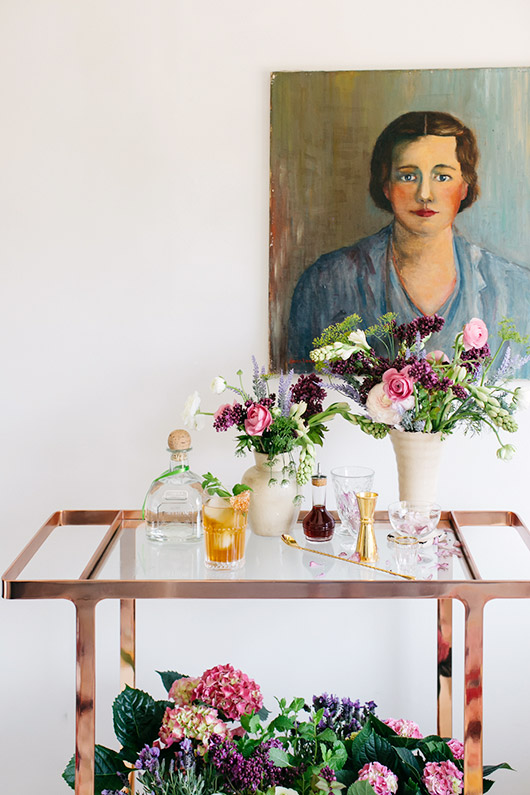 english garden inspired cocktails with vintage portrait painting. / sfgirlbybay