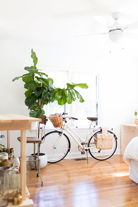 at home with floral designer ayla gurganus. / sfgirlbybay