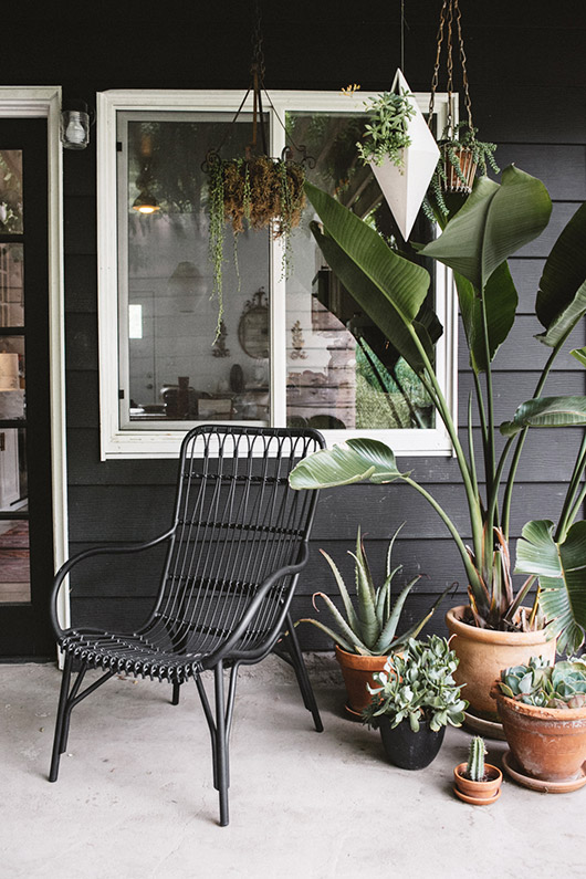 Article's Medan Lounge Chair on outdoor patio. / sfgirlbybay