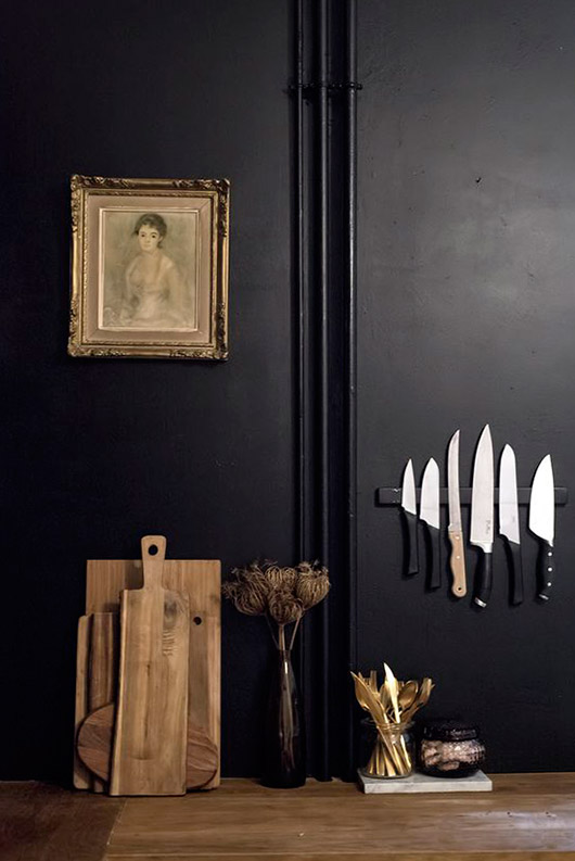 black kitchen walls. / sfgirlbybay