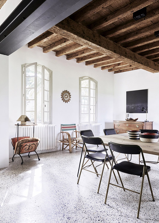 beamed ceilings in french summer home. / sfgirlbybay