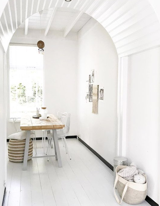 white washed arched desk area. / sfgirlbybay