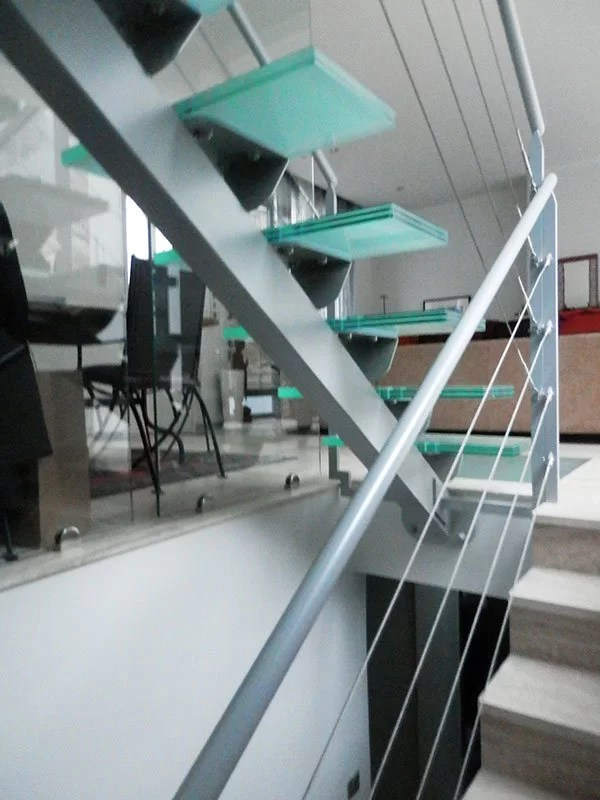 Fabrication Escalier limon central design