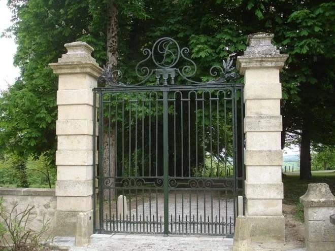 Renovation grille portail en fer forgé à l'ancienne