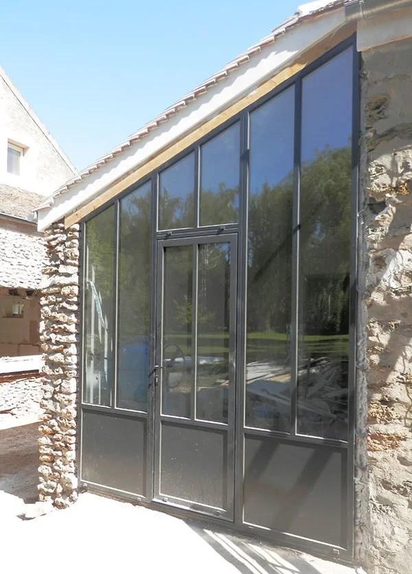 Porte et fenêtres style verrière d'artiste
