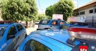 Carro da Polícia Militar foto Vinnicius Cremonez 4