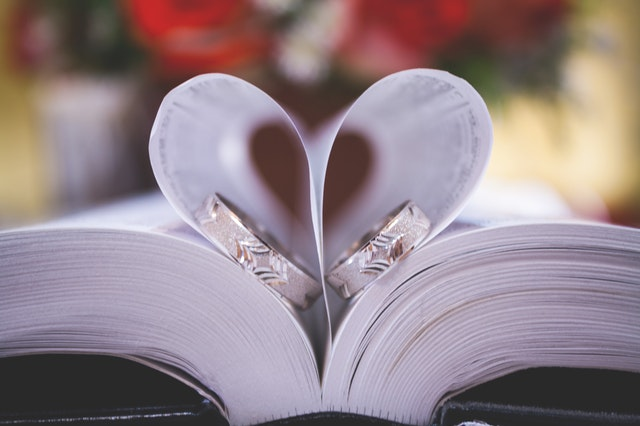 Open-book-with-pages-made-into-heart