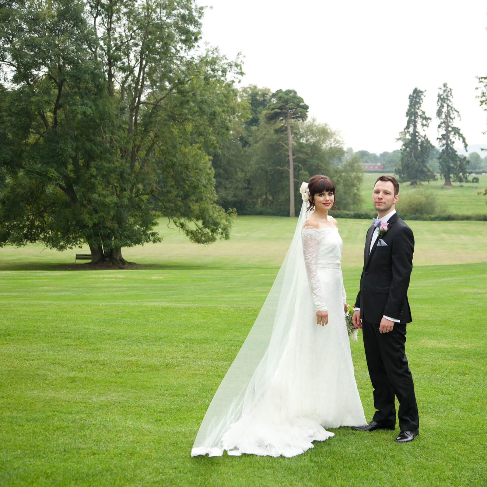 Warwickshire-wedding-photographer-Ettington-8