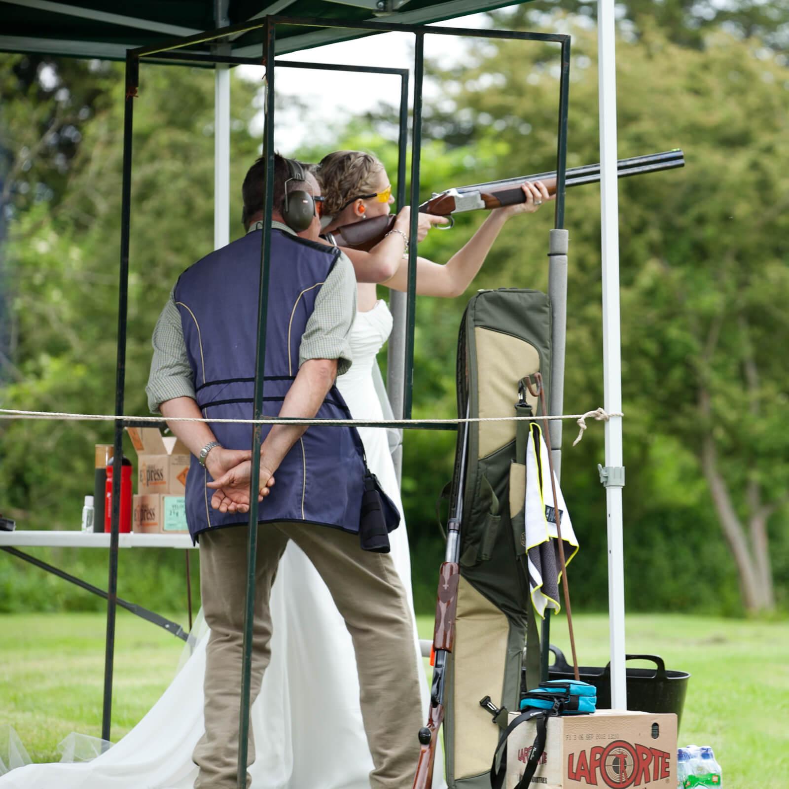 Warwickshire-wedding-photographer-Ettington-shoots