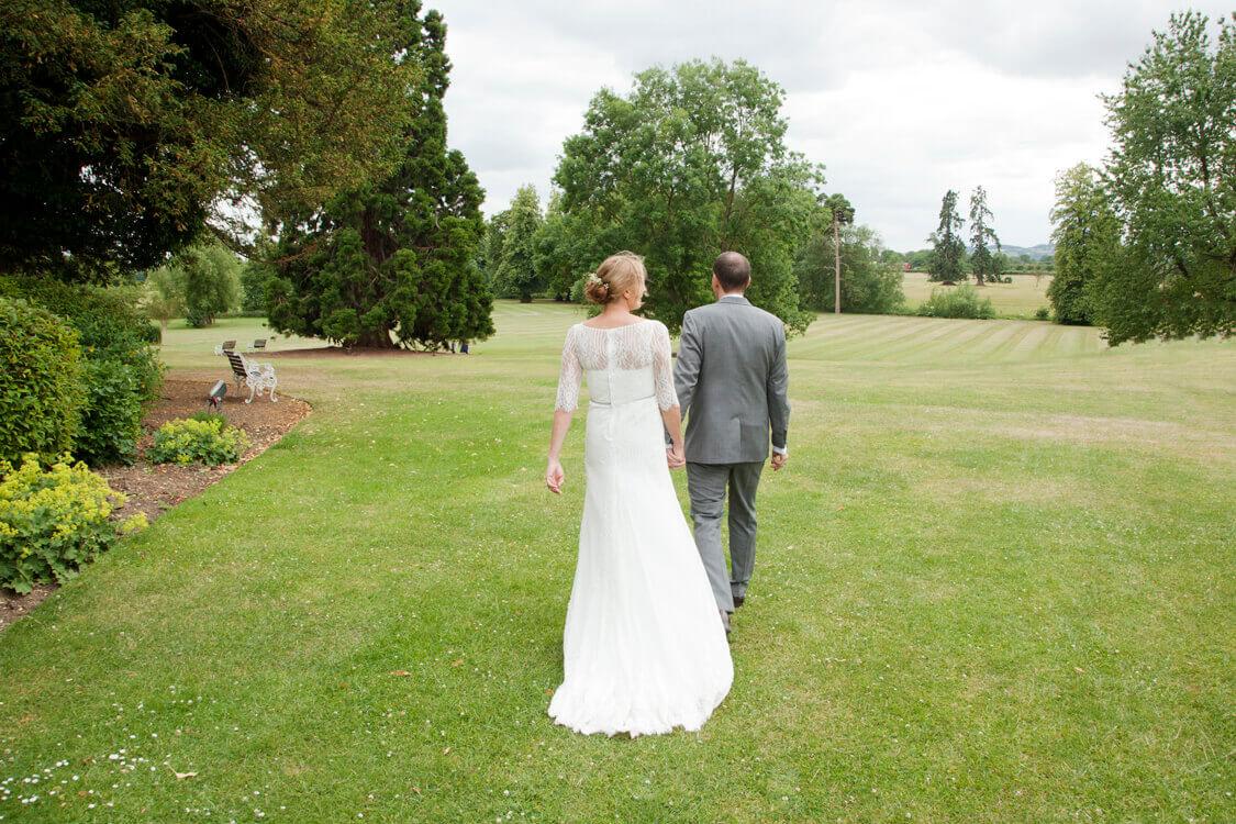 Professional wedding photographer 29SSH