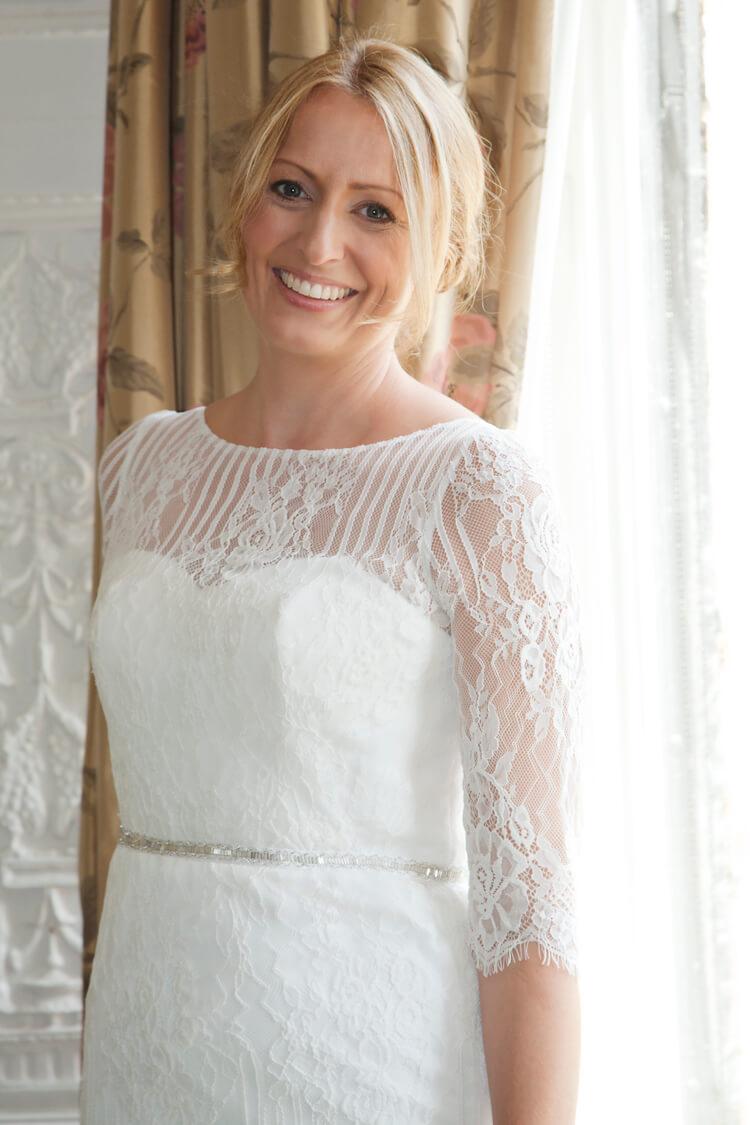 Professional wedding photographer 32SH