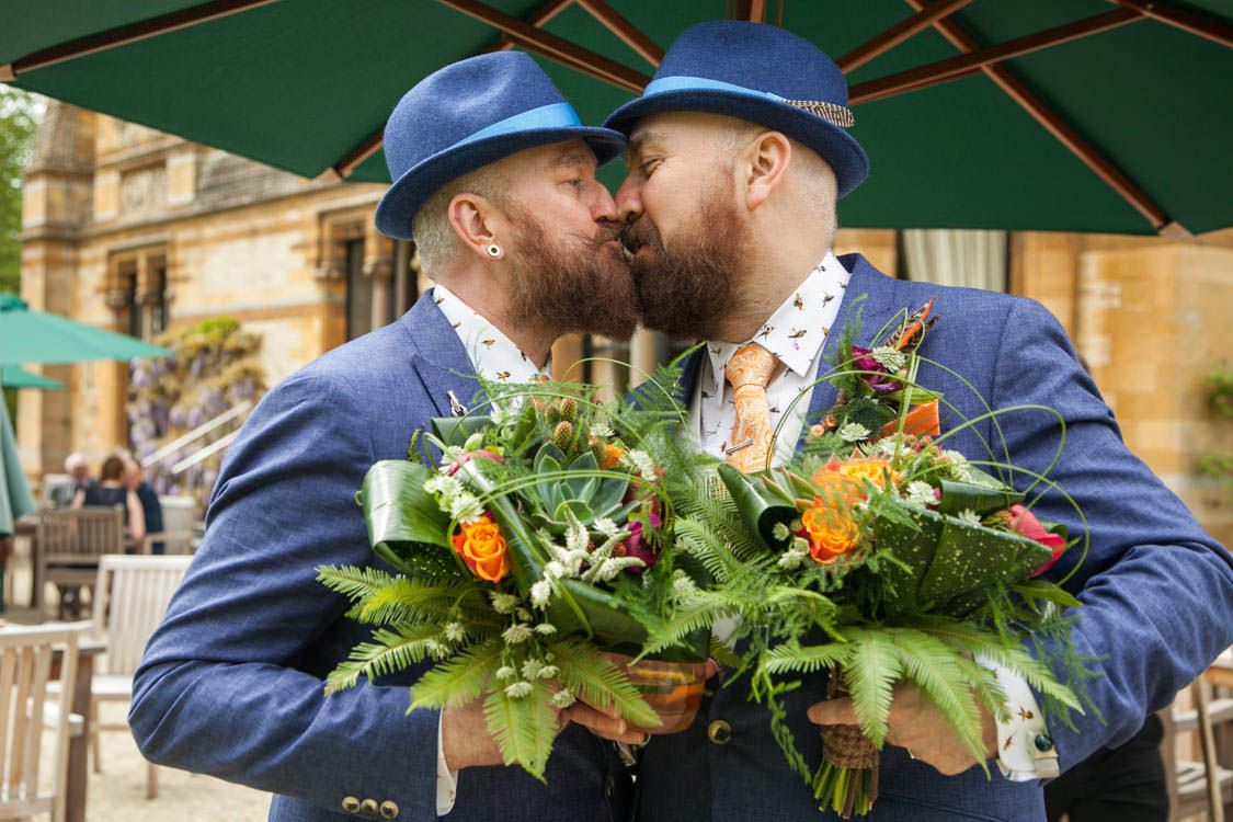 gay-wedding-photography-32_mini_mini