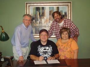 Tracy Stuffle signing