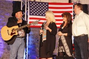 Chuck Day, Vonda Easley, Ava Kasich, Rob Patz during presentation of award