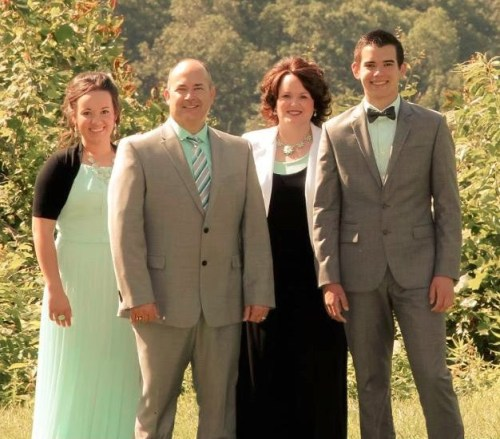 The Lore Family Ministers with Songs, Sermons, and Seminars