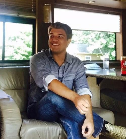 Eli Fortner Requests Prayer