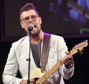 Jason Crabb and Rascal Flatts Unite to Bring Epic Performance to GMA Dove Awards