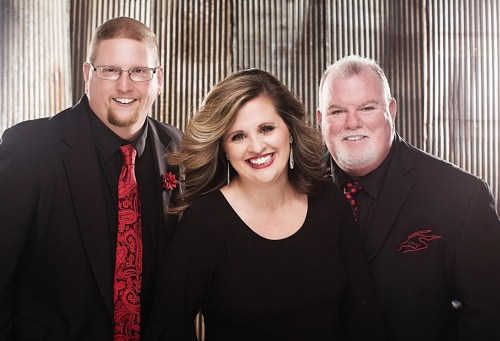 CHAPEL VALLEY SIGNS RECORDING CONTRACT WITH SURRENDERED OF GADSDEN, ALABAMA