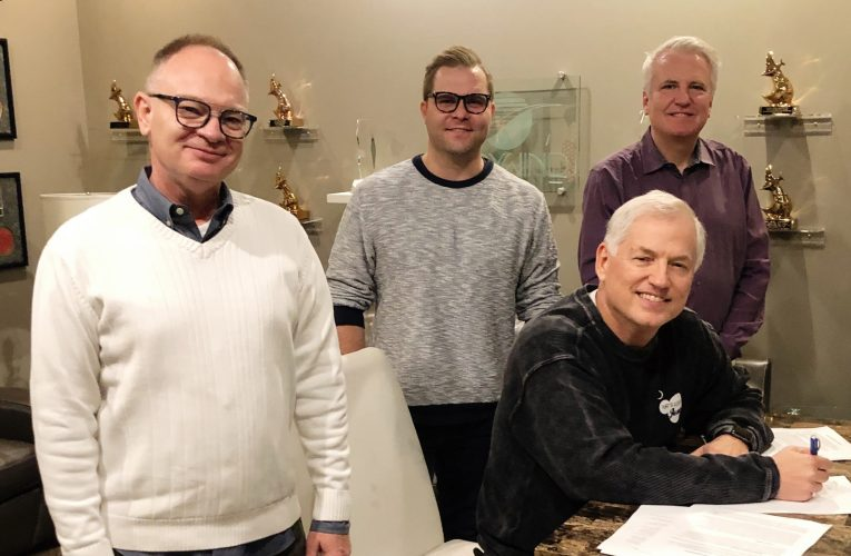 Daywind Publishing Signs Exclusive Writing Agreement with Mike Harland