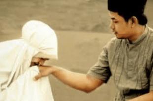 স্বামী-স্ত্রীর মাঝে মিল-মহব্বত সৃষ্টিতে