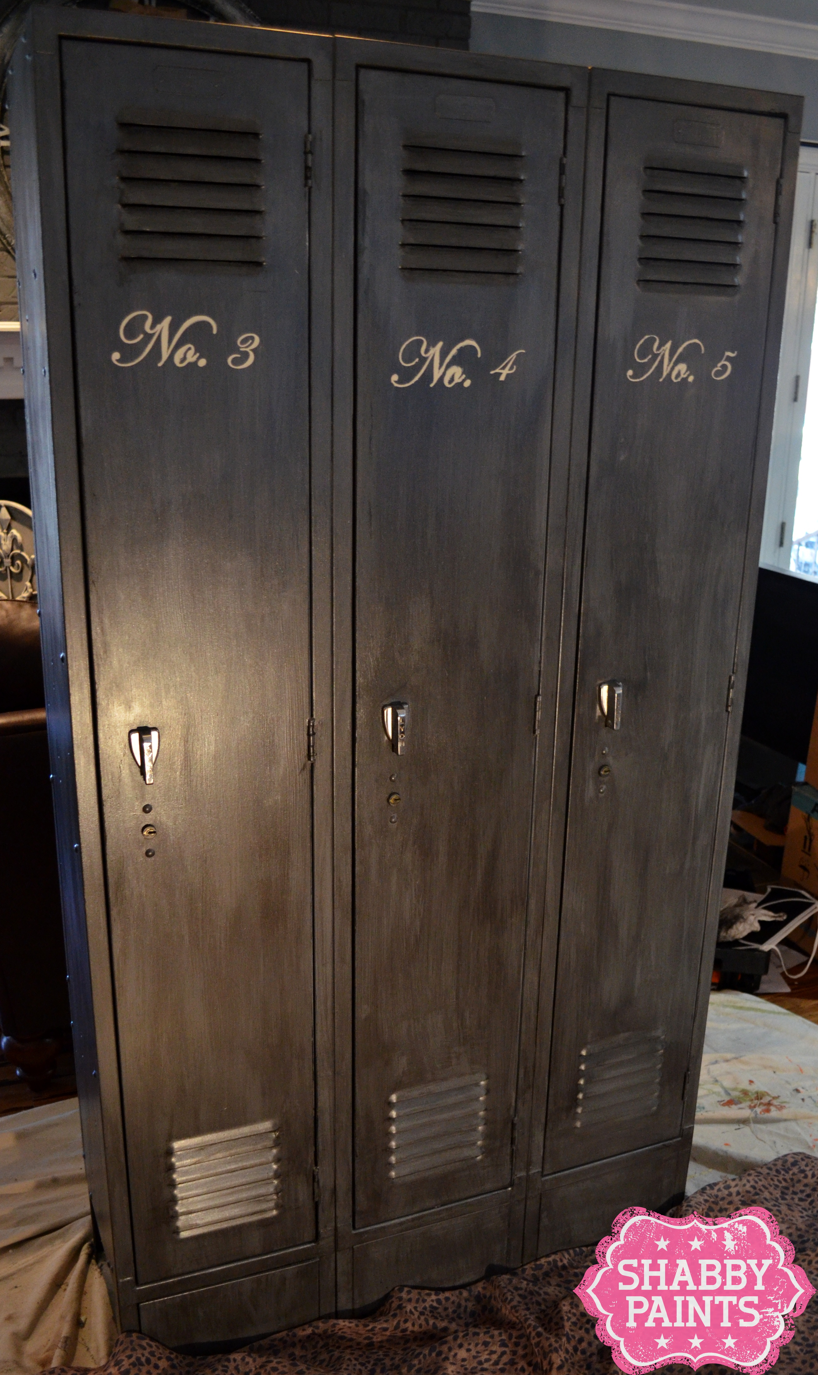 School Lockers Get New Love With Chalked Paint And Shimmer