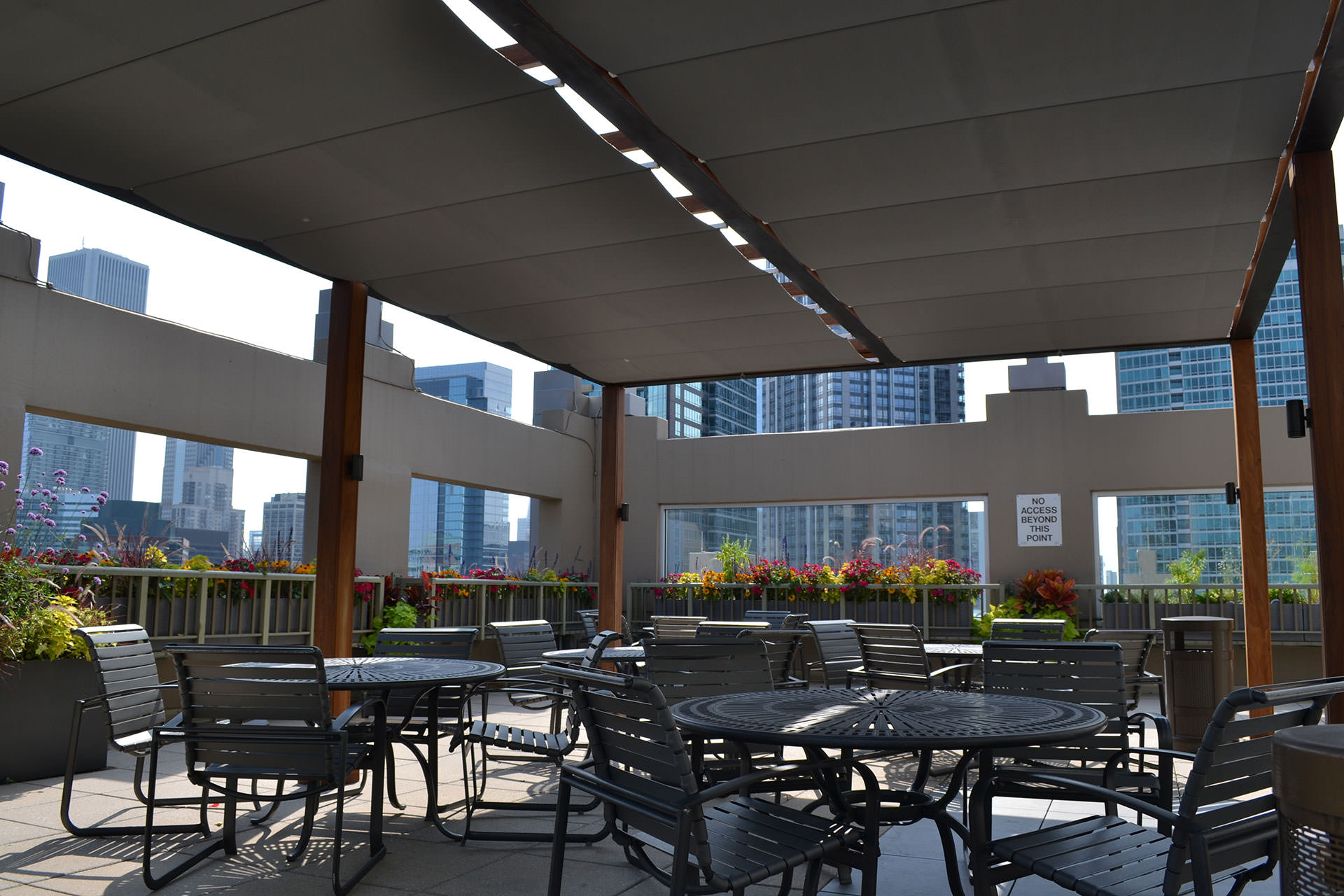 Chicago Roof Deck Turns To Shadefx For Shade And Privacy