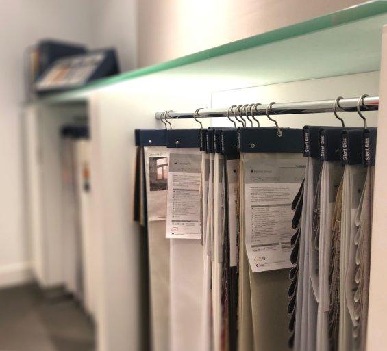 Silent Gliss Business Centre London - Fabric hangers
