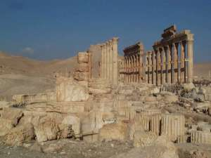 Palmyra_Colonnaded_streets