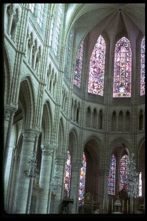 Soissons_Cathedral_nave