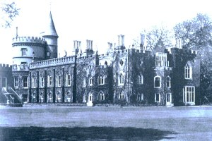 Strawberry_Hill_Twickenham_1750-90
