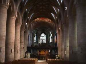 Tewkesbury_Abbey_choir