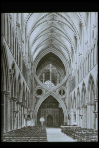 wells_cathedral_nave_interior_looking_east