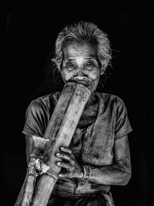 Smoking Pahari Style. Photo: Tanveer Ahmed