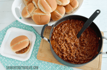 Sloppy Joes for a Crowd! This big batch, budget friendly meal is delicious and the leftovers are freezer friendly!