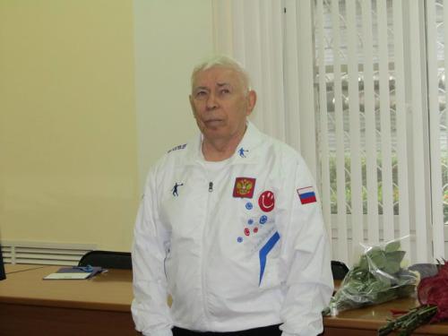 Почетный гражданин города Шахты Виктор Дорохин отметил юбилей