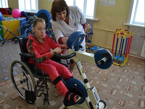 """В шахтинской """"Добродее"""" скоро появится новое оборудование для реабилитации детей"""
