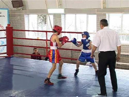 Шахтинские боксеры привезли из Аксая медали победителей и призеров