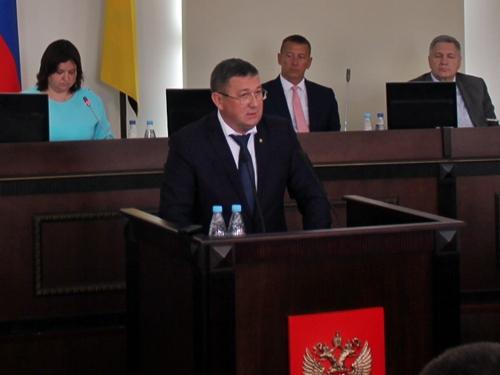 Отчёт Игоря Медведева - мнения депутатов разделились