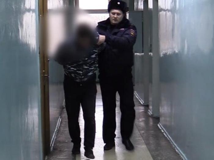 В Шахтах подозреваемого в нападении на банк задержали за полчаса