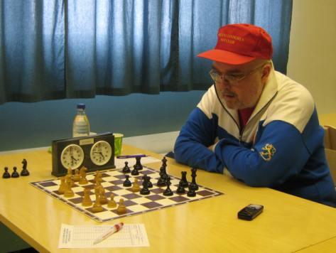 Jorma Kekki karsintaottelussa 14.3.2009