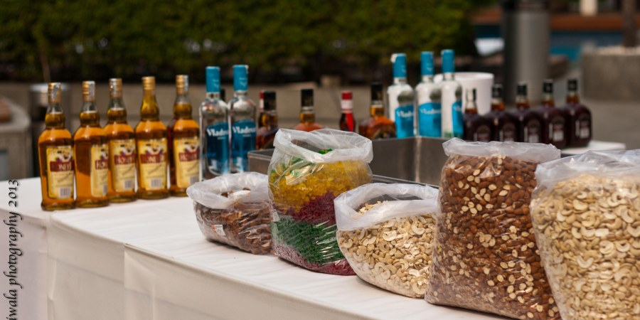 cake-mixing-rum-dry-fruits-park-hotel-new-delhi-booze-christmas-annual-food-event