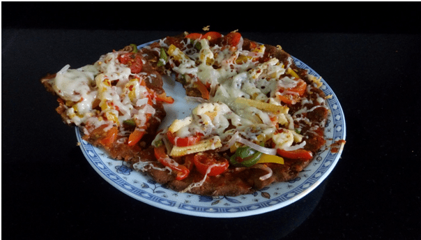 thalipith-pizza-maharashtrian-recipe-cuisine-vegetarian-shalzmojosays-guestpost-blog-birthday-cheese-toppings-cookery
