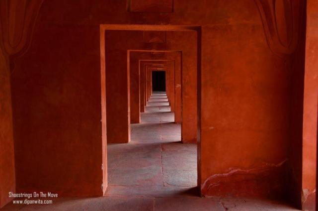 Taj-Mahal-guestpost-tourism-agra-shalzmojo-travel-India-agra-mughals