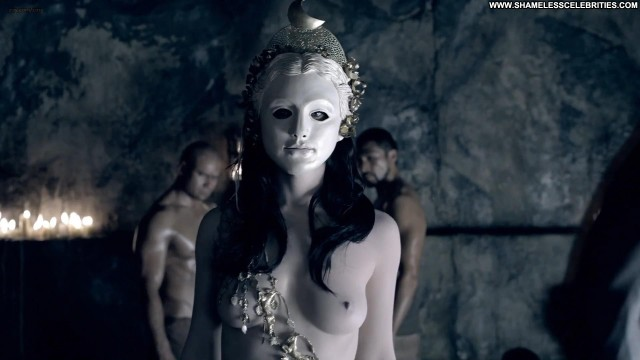 Erin Cummings Spartacus War Of The Damned Topless Posing Hot
