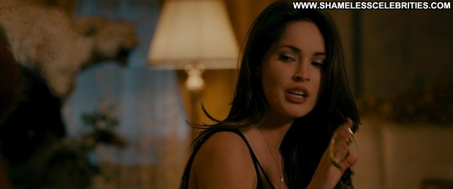 Megan Fox The Dictator Full Frontal Bush Smoking Public Wet