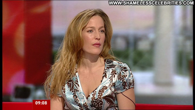 Gillian Anderson Interview Beautiful Babe Celebrity Hd Posing Hot