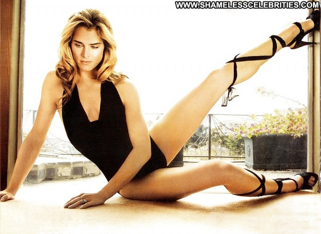 Brooke Shields Pictures Celebrity Sexy Hot Famous Nude Scene Actress